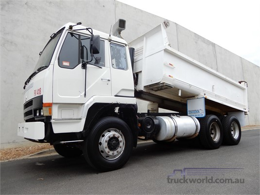 1995 Mitsubishi Fuso FV418 - Trucks for Sale