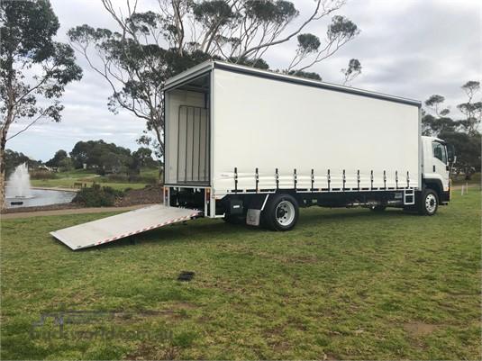 2018 Isuzu FTR 150 260 Trucks for Sale