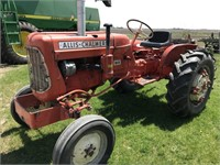 Tractors - Less than 40 HP 1963 ALLIS-CHALMERS D12