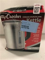 BETTYCROCKER CORDLESS STAINLESS KETTLE 1.7L