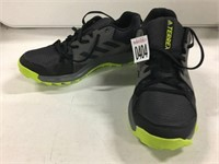 ADIDAS TERRA RUNNING SHOES SIZE 7