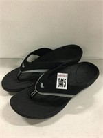 REEF MENS SANDALS SIZE 11