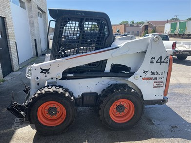 BOBCAT Skid Steers For Sale In Illinois - 128 Listings