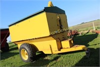 Grain Cart-Big 12 Farm Machinery Model 12-1