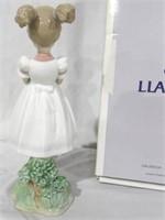 Lladro Little School Girl w box