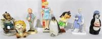 8 Figurines