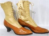 Lady's Hi Top Shoes