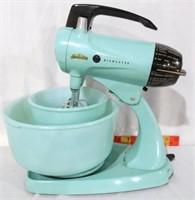 Sunbeam Mixer blue w 2 bowls & beaters