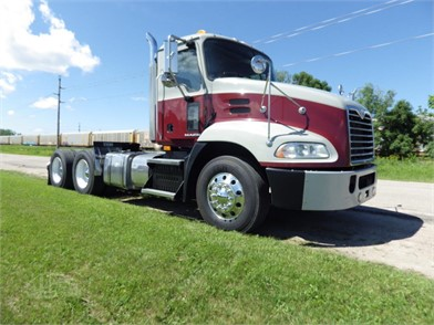 2013 mack pinnacle cxu613 at truckpaper com