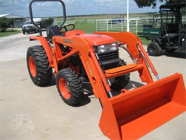 2012 KUBOTA L2800HST For Sale In Elgin, Texas