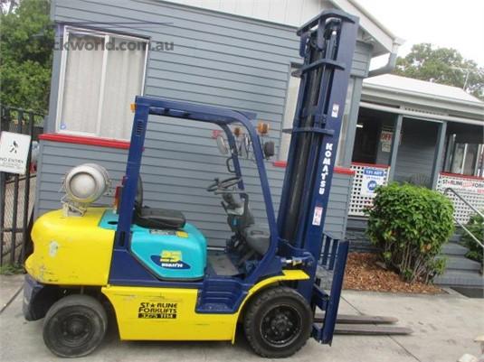 1998 Komatsu FG25T-12 Forklifts for Sale