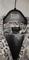 Juliana Collezione sz 10 Ladies Leopard Top