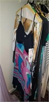 Closet lot Over 30 Pieces of Nice Ladies Clothing