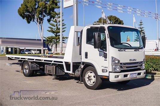 2016 Isuzu other Trucks for Sale