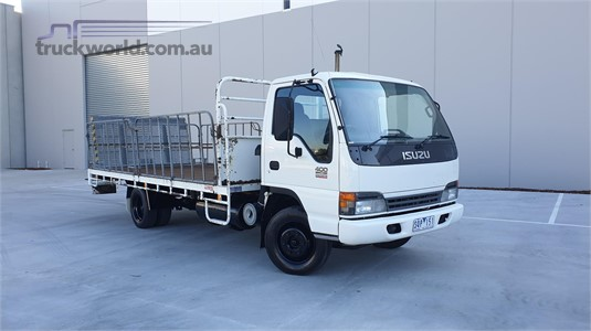 2003 Isuzu NPR 400 - Trucks for Sale