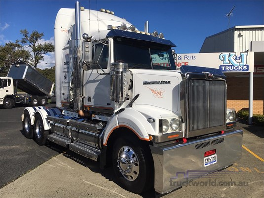 2011 Western Star 4800FX Constellation - Trucks for Sale