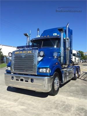 2014 Mack Super Liner Trucks for Sale
