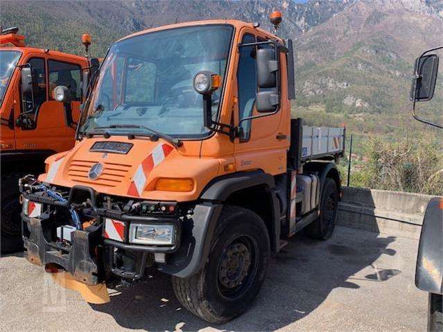 Unimog For Sale >> 2000 Mercedes Benz Unimog U400 For Sale In Vallarsa Tn Italy