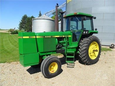 JOHN DEERE 4440 For Sale - 71 Listings | TractorHouse com - Page 1 of 3