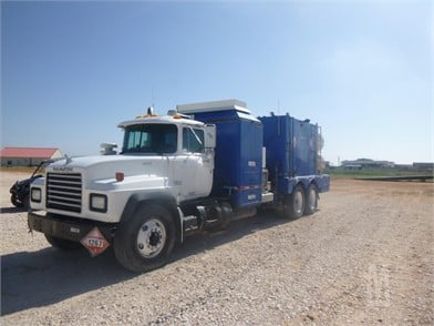 MACK RD688 Trucks & Trailers Auction Results - 1153 Listings