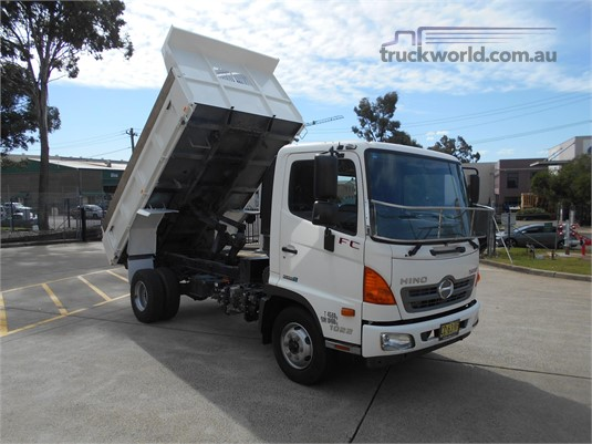 2015 Hino 500 Series - Trucks for Sale