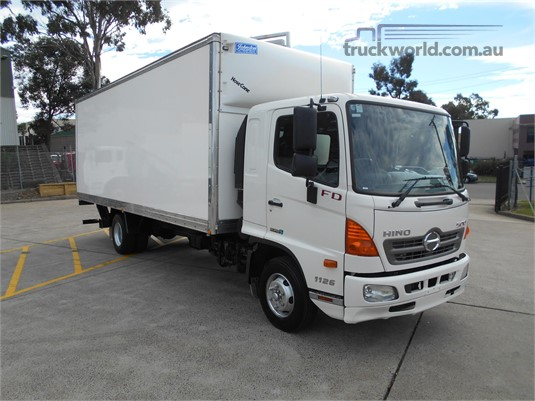 2013 Hino 500 Series - Trucks for Sale