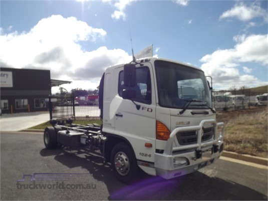 2009 Hino FD1024 - Trucks for Sale