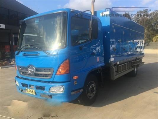 2004 Hino 500 Series 1026 FD Trucks for Sale
