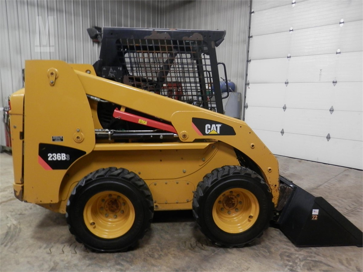 CAT 236B3 For Sale In Chillicothe, Ohio