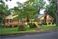 Large Newton, NC Home