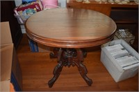 Victorian Round Center Table