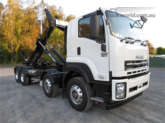 2013 Isuzu FYJ 300-350 Auto Lwb  - Trucks for Sale