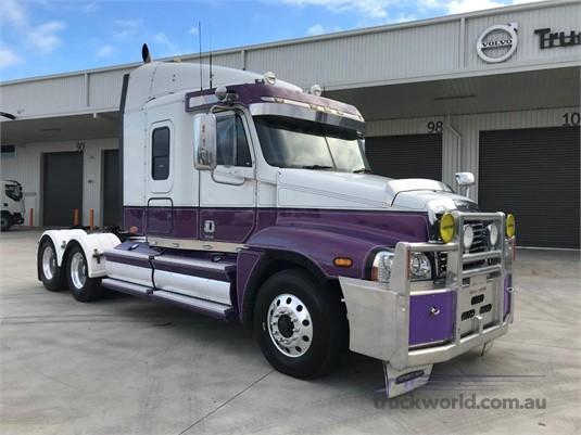 2010 Freightliner Century Class ST CST120  - Trucks for Sale
