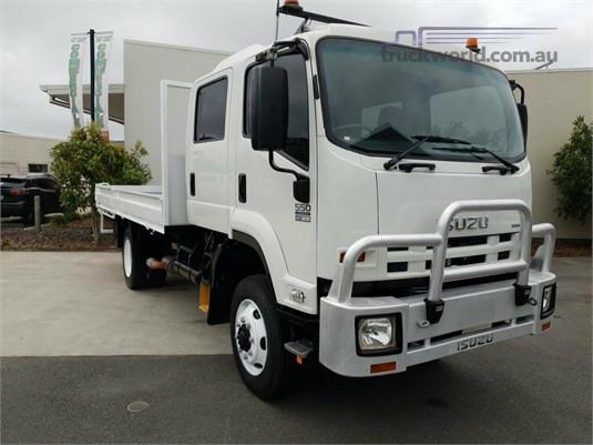2011 Isuzu FSS 550 4x4 Trucks for Sale