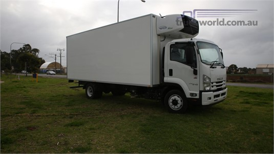 2017 Isuzu other North East Isuzu - Trucks for Sale