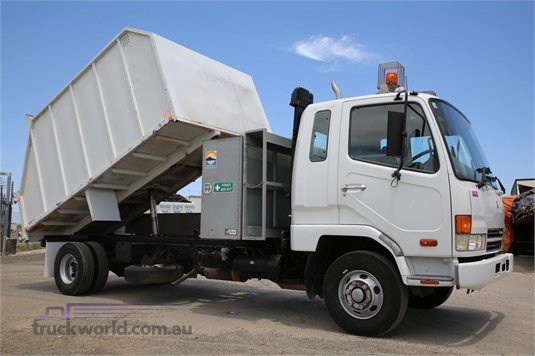 2004 Mitsubishi Fighter FK6.0 North East Isuzu - Trucks for Sale