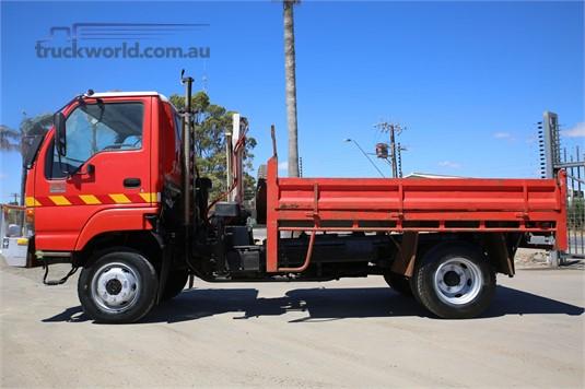 2004 Isuzu NPS 300 4x4 North East Isuzu - Trucks for Sale