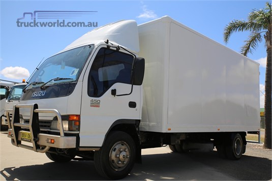 2004 Isuzu NQR 450 Trucks for Sale
