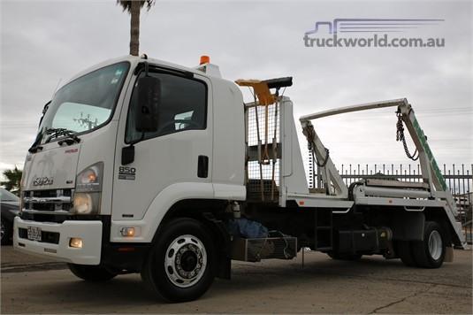 2010 Isuzu other North East Isuzu - Trucks for Sale