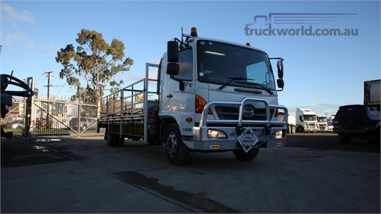 2013 Hino other North East Isuzu  - Trucks for Sale