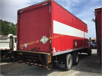 2001 INTERNATIONAL H 4900 W/ 24' SUPREME BOX TRUCK