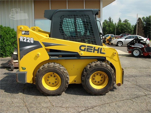 2014 GEHL R220 For Sale In Owatonna, Minnesota