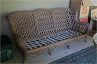 6' Outdoor Wicker Couch w/o Cushion