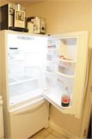 Whirlpool Household Refrigerator with Freezer