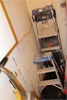 2pc Gorilla & Aluminum Step Ladders