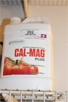 3pc Jugs Plant Food, pH Buffering
