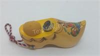 Vintage Wooden Shoe Pincushion