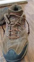 Men's New Balance Hiking Shoes
