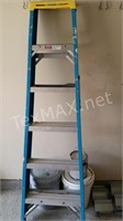 Wener 6 Ft Fiberglass Ladder