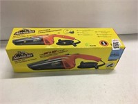 ARMOUR ALL 12V CAR VACUUM (AS IS)